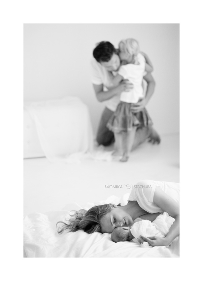 newborn_with_family_monika_stachura_fotografia
